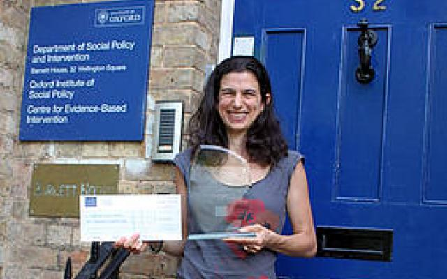 Lucie Cluver with her ESRC Outstanding International Impact award