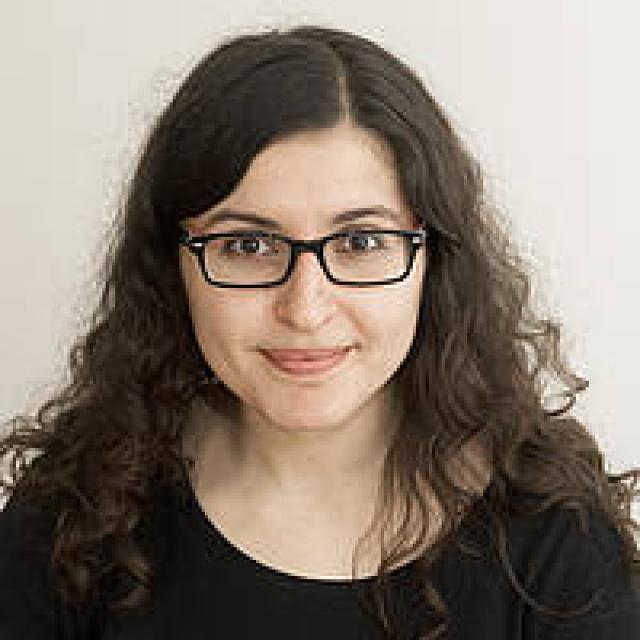Roxanna Haghighat