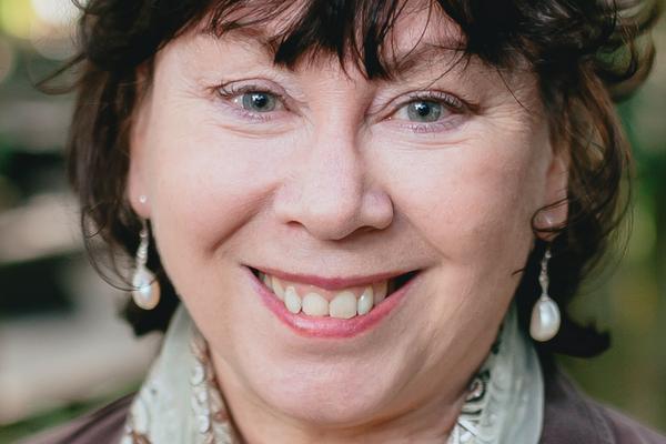 Prof Sharon Dawe