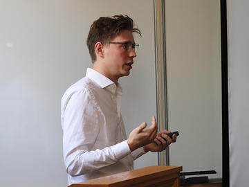 Caspar Kaiser presenting at Nuffield College