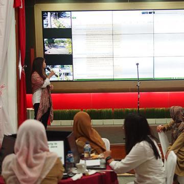 picture1 putu presenting results
