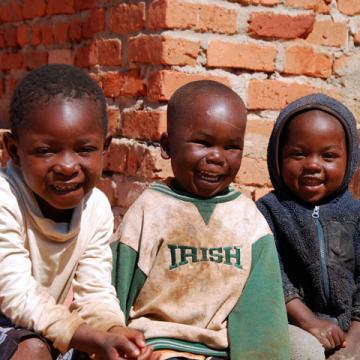 smiling children tanzania